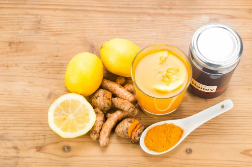 Turmeric roots with lemon and honey